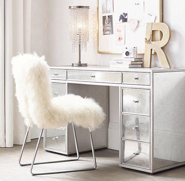 Delaney Court Apartments Rentals: Delaney Mirrored Storage Desk