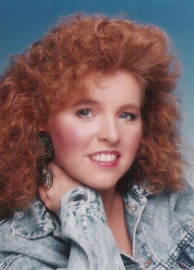 Make sure your hair is awesomeGlamorous Shots, Denim Rocks, Funny Junk, Glamour Shots, 1980S Glamorous, Fugly Glamour, Awkward Photos, Families Pics, Awkward Families