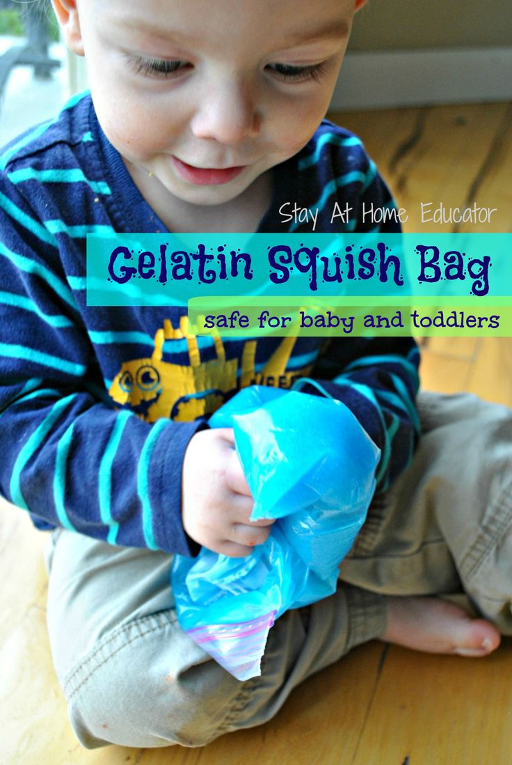 Gelatin squish bags are the perfect sensory bag for babies because the contents are edible and safe. Baby will love playing with this edible sensory bag,