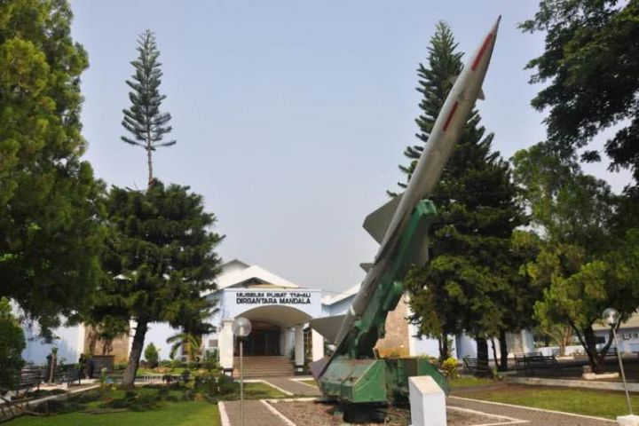 amazing an aerospace museum at sleman yogyakarta