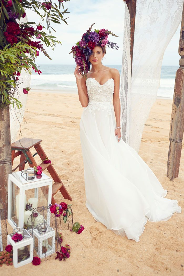Best 25 modern wedding dresses ideas on pinterest for Wedding dress for beach ceremony