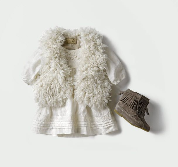 Boho chic baby - Loving this outfit from Zara, this would be so cute for LO: Fashion Baby, Boho Baby Clothing, Boho Chic Kids, Zara Kids, Baby Boho, Baby Zara, Girls Outfits, Baby Girls Zara, Baby Girls Fashion