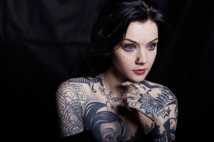 With more than 400,000 Instagram followers Grace Neutral is a social media celebrity. With her unique look and incredible tattooing skills her popularity is not surprising.    Photo Credit  Using dramatic body modification techniques, the Londoner has transformed