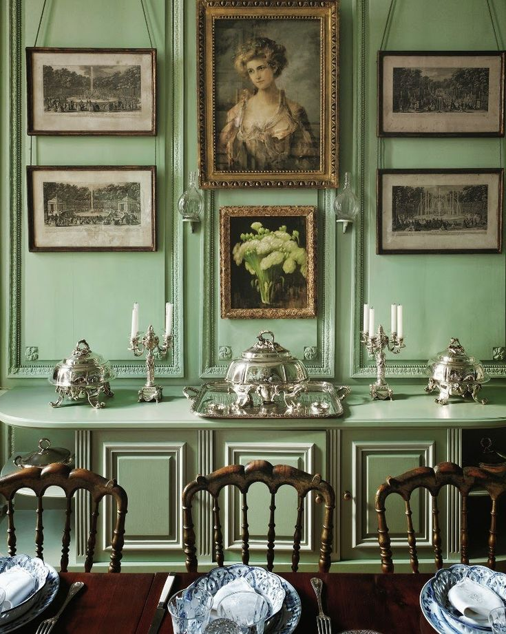 Dining room in a hôtel particulier in Marais. I have seen these chairs in several photos of homes in France.