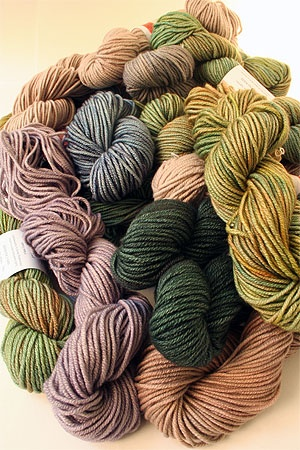 Welcome to a new member of the our luxe yarn family - Jade Sapphire 8 Ply cashmere yarn