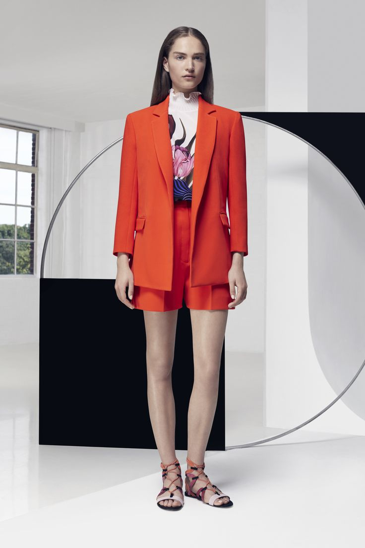 Look 9. Belle Blazer, Tailored Shorts & Zoen Top