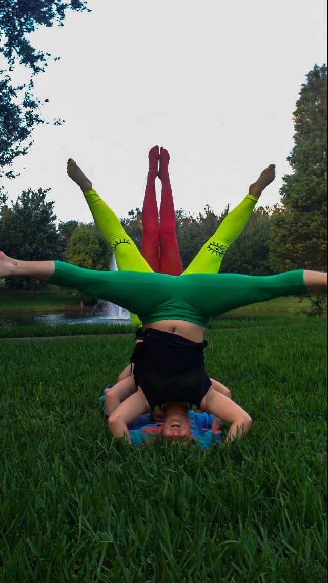 Rasta acro yoga