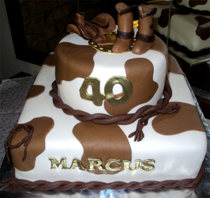 country songs to cut the wedding cake 25 best ideas about cow print cakes on cow 12986