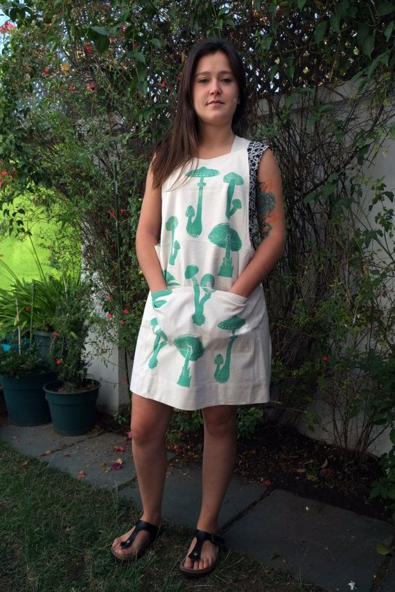 Crossed Back Apron in Raw 100% Cotton with Mint by LauraRosa