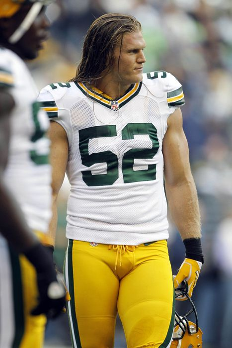 HELLO!!! I think he can stand to go one size smaller on that uniform....please? Clay Matthews!! mmm
