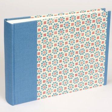 Fotoalbum FLOWERPOWER blau/Blumen groß | 23 x 24,5 cm, 30 Blatt chamois, vom Bindewerk