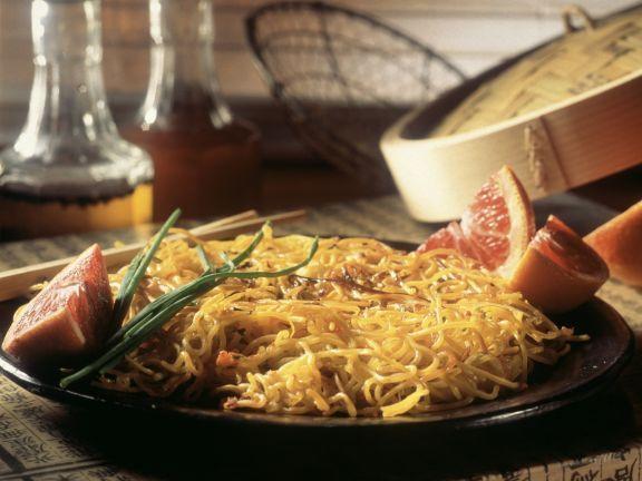 Gebratene Spaghetti ist ein Rezept mit frischen Zutaten aus der Kategorie Südfrucht. Probieren Sie dieses und weitere Rezepte von EAT SMARTER!