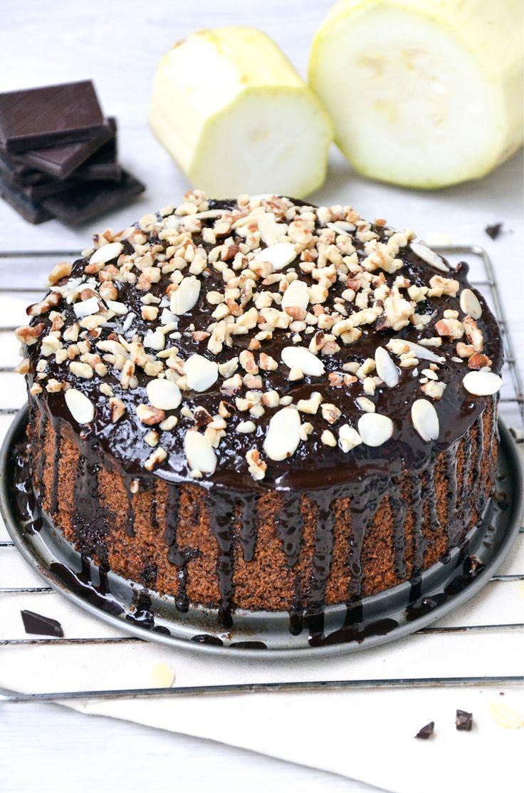 CIASTO Z CUKINII http://sokzycia.pl/ciasto-cukiniowe/  #zuckini #courgette #cake #almound #migdaly #nuts #orzechy #chocolate #cinamon #food #healthy #healthylife #healthyfood #healthychoices #paleo #paleodiet #vegetarian #vegetarianfood #sokzycia  #cook #wow #foodporn #foodlove #diy