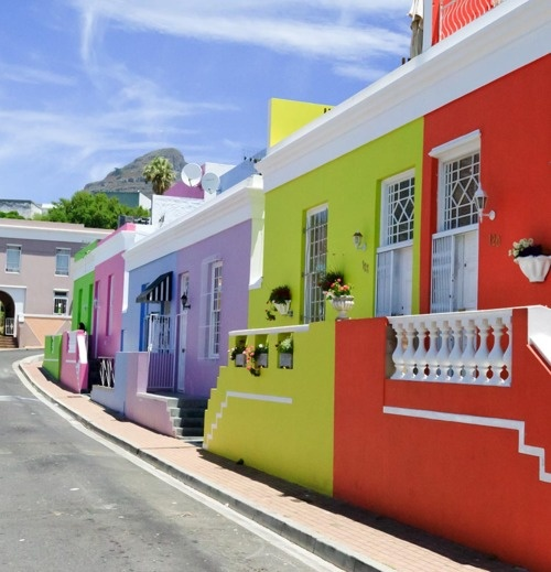 Colourful Cape Town - a stunning place to visit, an amazing place to live!