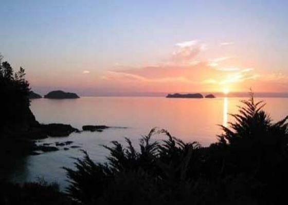 Waitete Bay Holiday Home in Waitete Bay | Bookabach | New Zealand