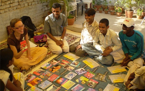 FairMail - Fair trade photo greeting cards - photos made by teenagers in India & Peru