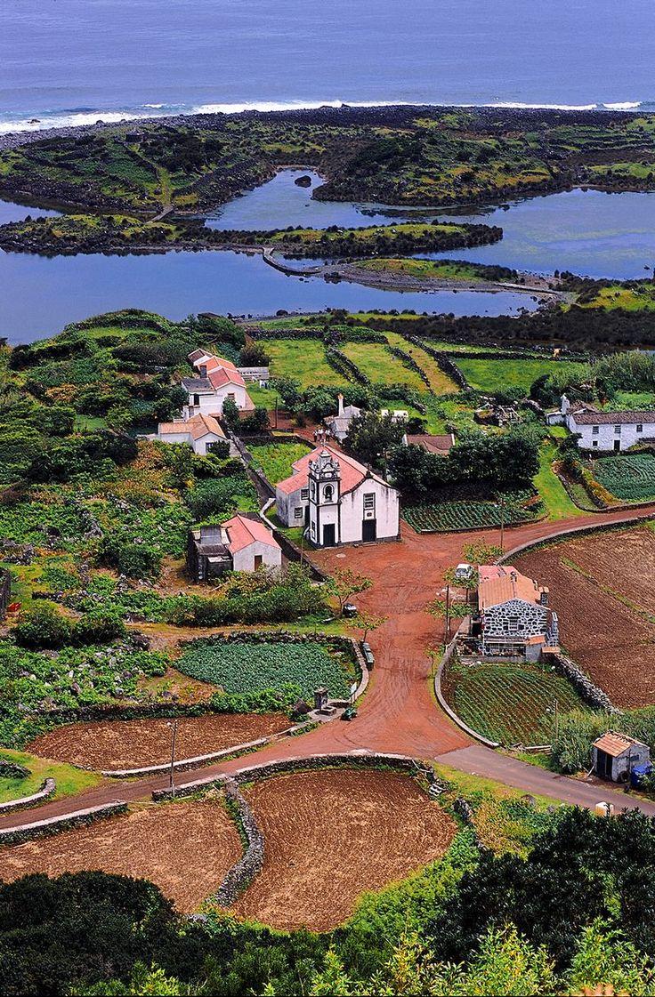 Faja dos Cubres in Sao Jorge island - Azores - Photo Credit to  Associacao de Turismo dos Acores - T09AUH37