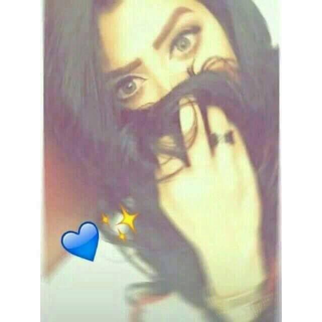 Arabisches Girl Dreht Snapchat-Video