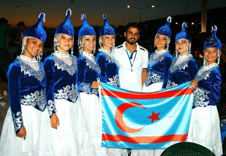 Suriye Türkmenleri...  Fotoğraf: Suriye Türkmen Şairi Murtaza Karaali.