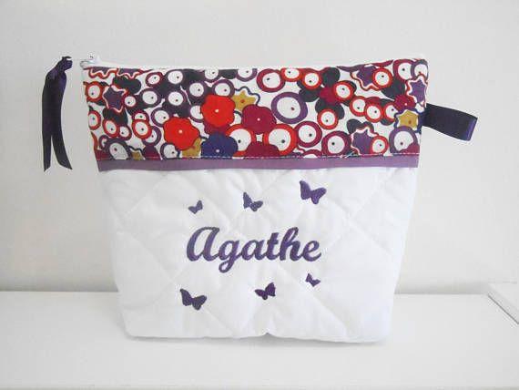 Trousse de toilette prune/violet papillons brodés