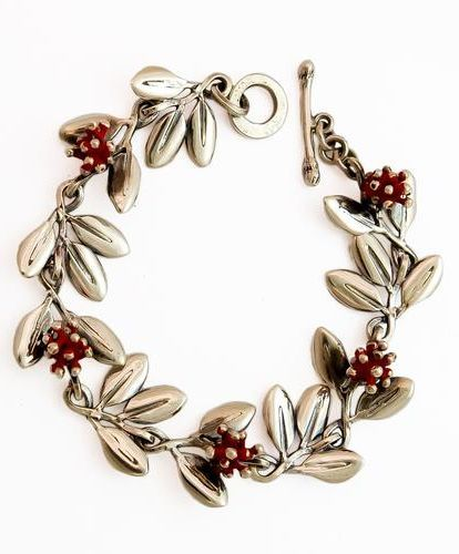 Pohutukawa bracelet. $600. Designed and made by Martyn Milligan.