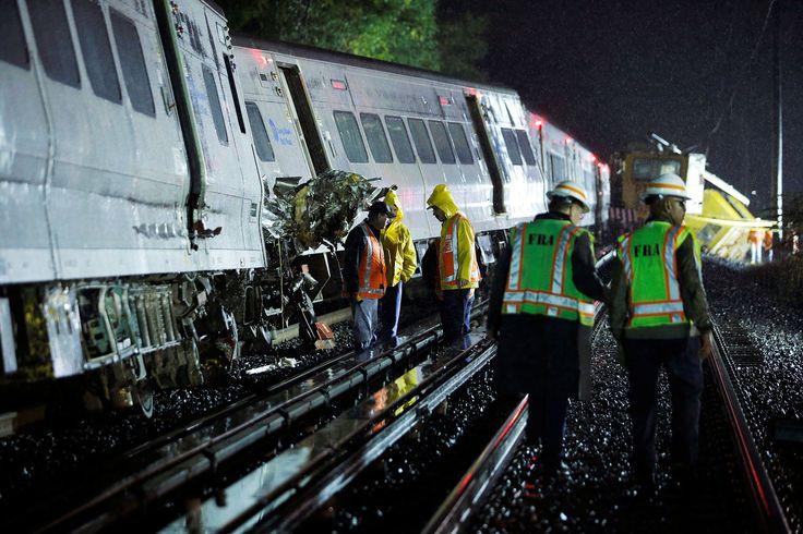 Commuter train derails in Long Island