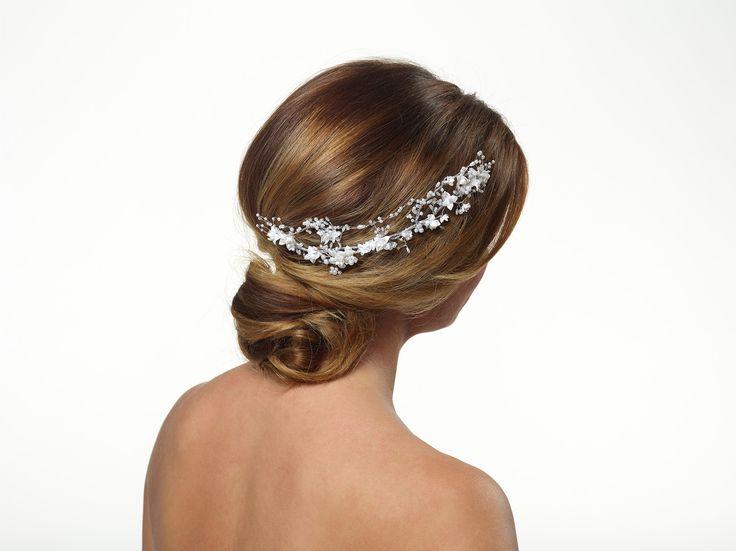 Perfecte haaraccessoire voor een romantisch bruidskapsel!