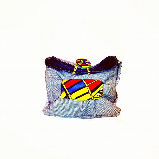 Call Me Africa Hand bag...available at Niapsou Designs®!! If you want to place a