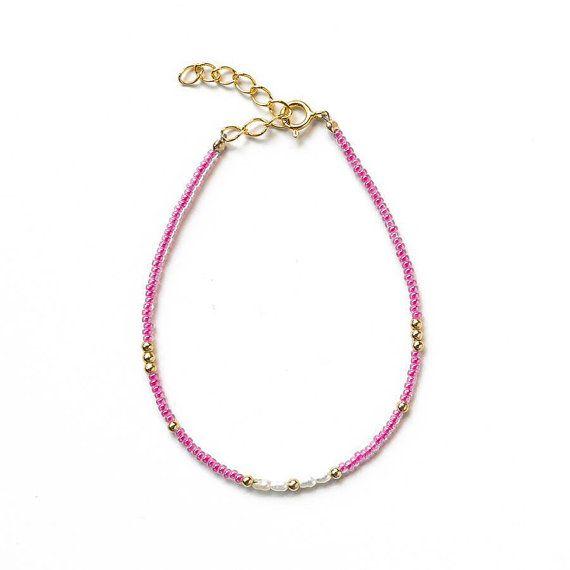 Delicate Bracelet,  Goldfilled bracelet, Freshwater pearl bracelet, #dainty bracelet #pink bracelet #friendship bracelet