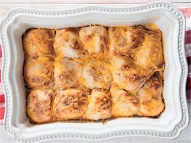 Braaibolletjies met roomsous en kaas