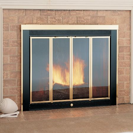 Best 25 fireplace glass doors ideas on pinterest glass for Residential retreat fireplace doors