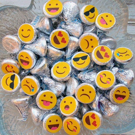 Partido de Emoji, etiquetas engomadas de caramelo, beso etiquetas cumpleaños, adolescente, interpolación, favores de partido, impreso
