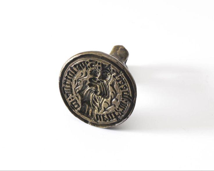 seal stamp 1450-1550 Dimensions diam. 2.7 cm Material and technique bronze