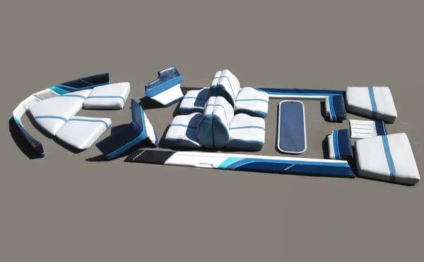 17 Pieces Lot 1989 17ft Bayliner Capri Upholstered Boat