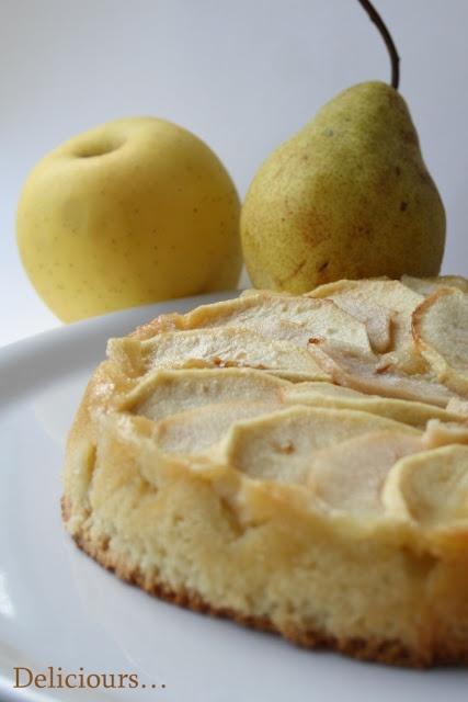 Fondant à la pâte d'amande, pomme et poire