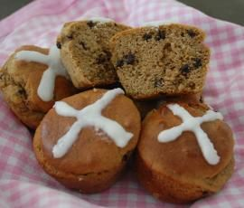 Recipe Paleo Mini Hot Cross Buns by Bridget O'Donoghue - Recipe of category Baking - sweet