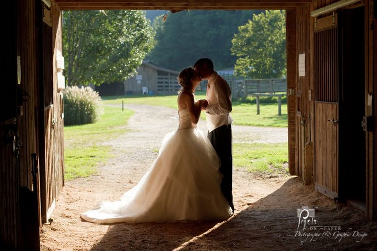 10_wilkes nc_wilkesboro wedding_wedding photos_wedding pictures_wedding tractor_sparklers_country wedding_outdoor wedding pictures_nc mountains_leatherwood mountain_bride pictures_pixels on paper