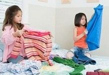 Chores And Responsibilities - Getting Kids Into Cleaning Up http://www.calorababy.co.za/kids/chores-and-responsibilities-getting-kids-into-cleaning-up.html