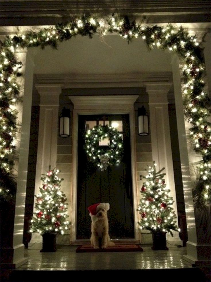 Awesome 45 Awesome Christmas Front Porch Decor Ideas https://homeylife.com/45-awesome-christmas-front-porch-decor-ideas/