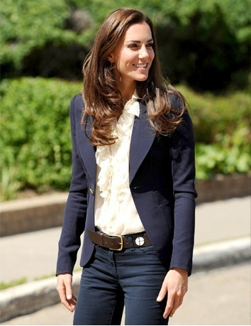 Kate Middleton, looks much better in this than some of those dowdy dresses they're putting her in!