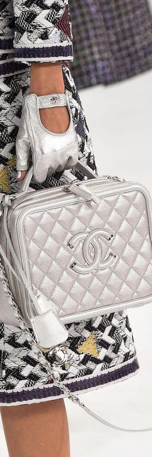Chanel RTW SS 2016 #chanelairlines Visit espritdegabrielle.com | L'héritage de…