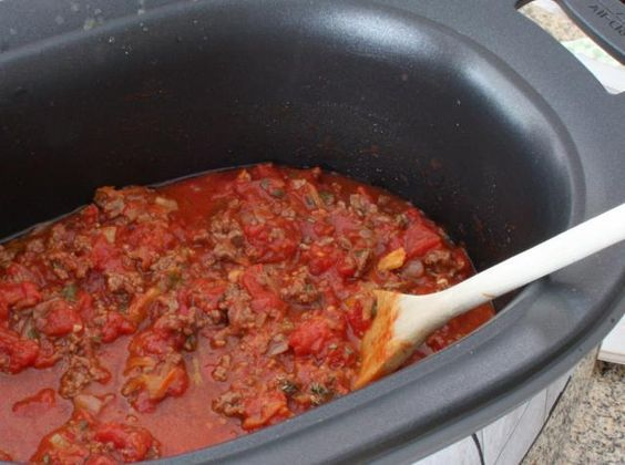 This flavorful meat sauce is the perfect pasta sauce; it's made with ground beef, tomatoes, and lots of chopped vegetables. It's a delicious sauce for topping spaghetti or lasagna, or any pasta, and it's easy to prepare and cook in the slow cooker. Try this recipe for flavorful slow cooker spaghetti sauce.