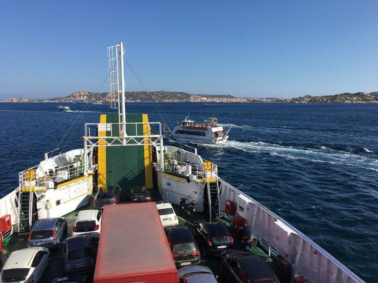 Mit der Fähre nach La Maddalena in #Sardinien.