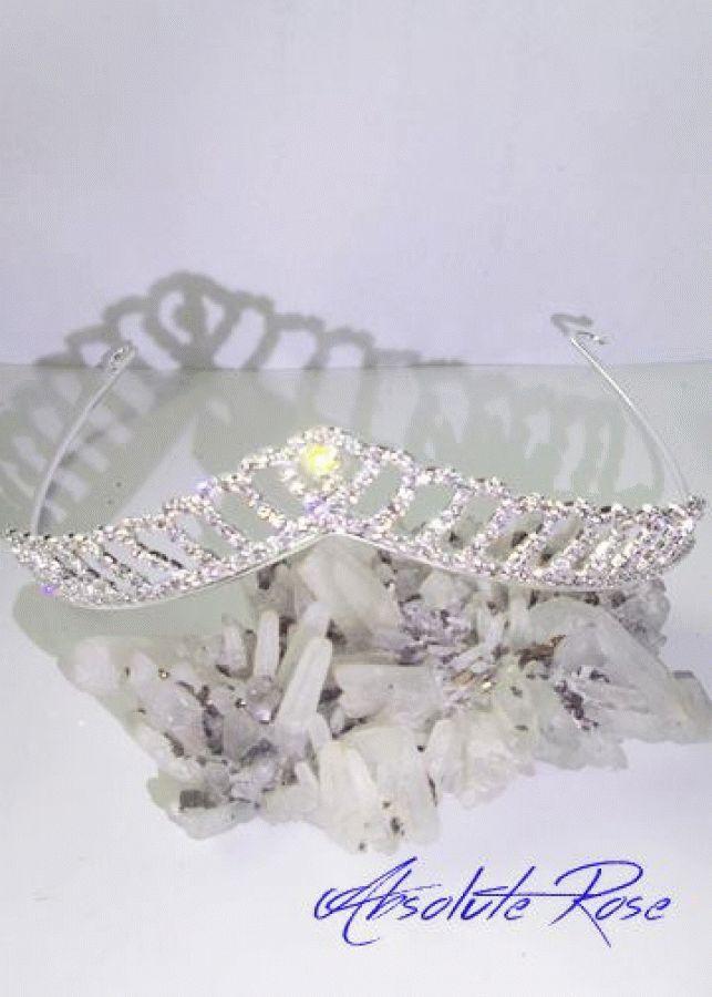 Кристална корона за коса lady of the Lake 2 Короната има великолепен блясъкот първокласни кристали
