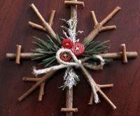 Rustikální sněhové vločky - návod jak vyrobit jedinečnou vánoční dekoraci