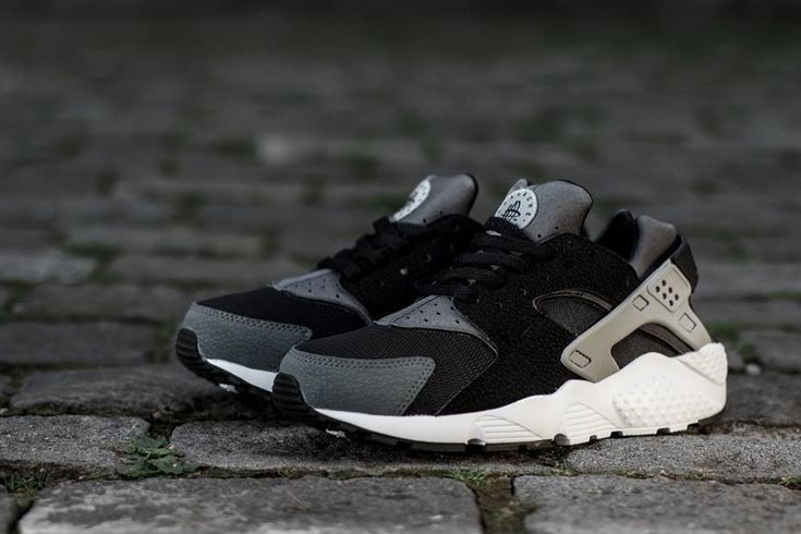 Nike Air Huarache Black Grey
