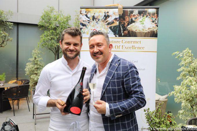 Cartoline dal 670mo Meeting VG @ Ristorante Enrico Bartolini al MUDEC – Milano – Chef Enrico Bartolini  #fingerlime  @scoopit http://sco.lt/...