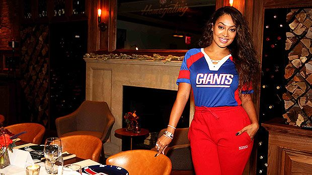 La La Anthony's Fitness Routine, Go-To Meals & The New Therapy That Keeps Her 'Energized' https://tmbw.news/la-la-anthonys-fitness-routine-go-to-meals-the-new-therapy-that-keeps-her-energized  We already know, La La Anthony looks incredible! What's her secret you ask? — La La took HollywoodLife.com inside her workouts, food plan and her newest health treatment that's her current 'obsession!'La La Anthony , 38, has been winning in all aspects of life —She's happy, healthy, working hard and…