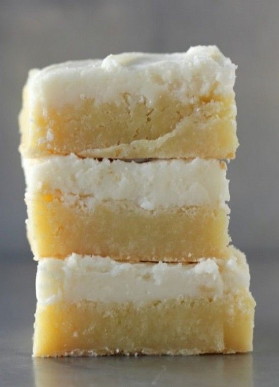 For non-chocolate eaters --> Triple Vanilla Brownies