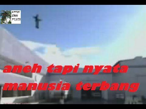 Aneh, Video Aneh Manusia bisa terbang di udara tanpa bantuan alat lain. video ini asli dilakukan oleh magician asal amerika serikat dengan nama criss angel. banyak sekali